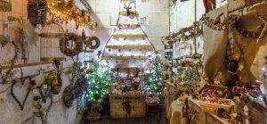 Rainbow-Wood-Farm-Stable-Christmas-Shop-slider-13